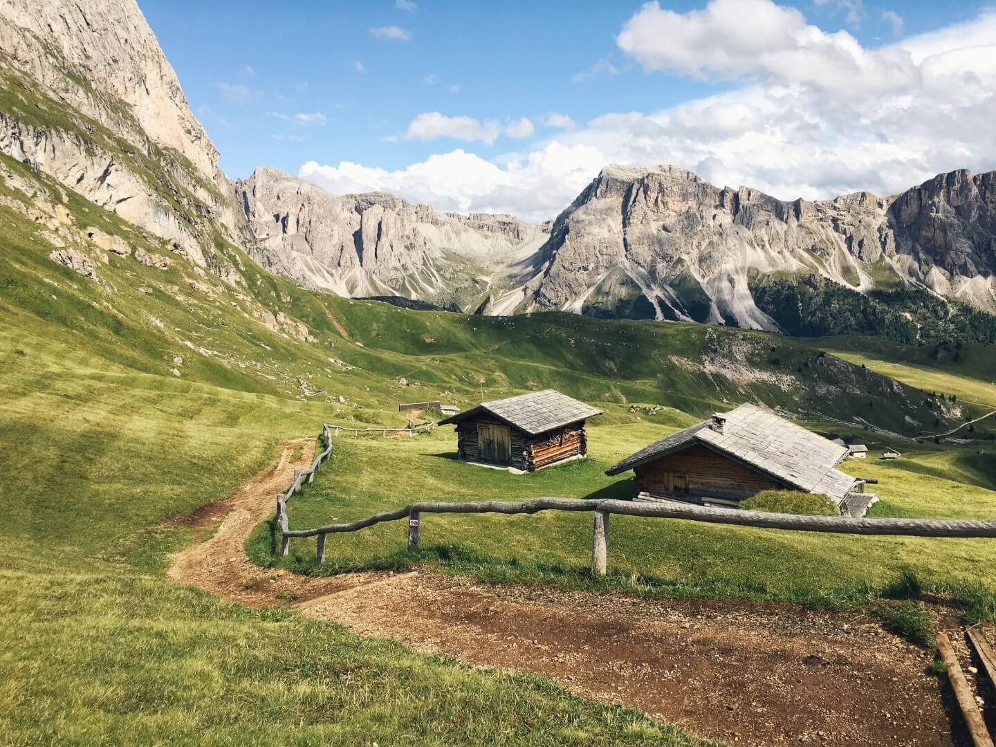 Trail no. 1, Seceda, Val Gardena, Dolomites | Moon & Honey Travel