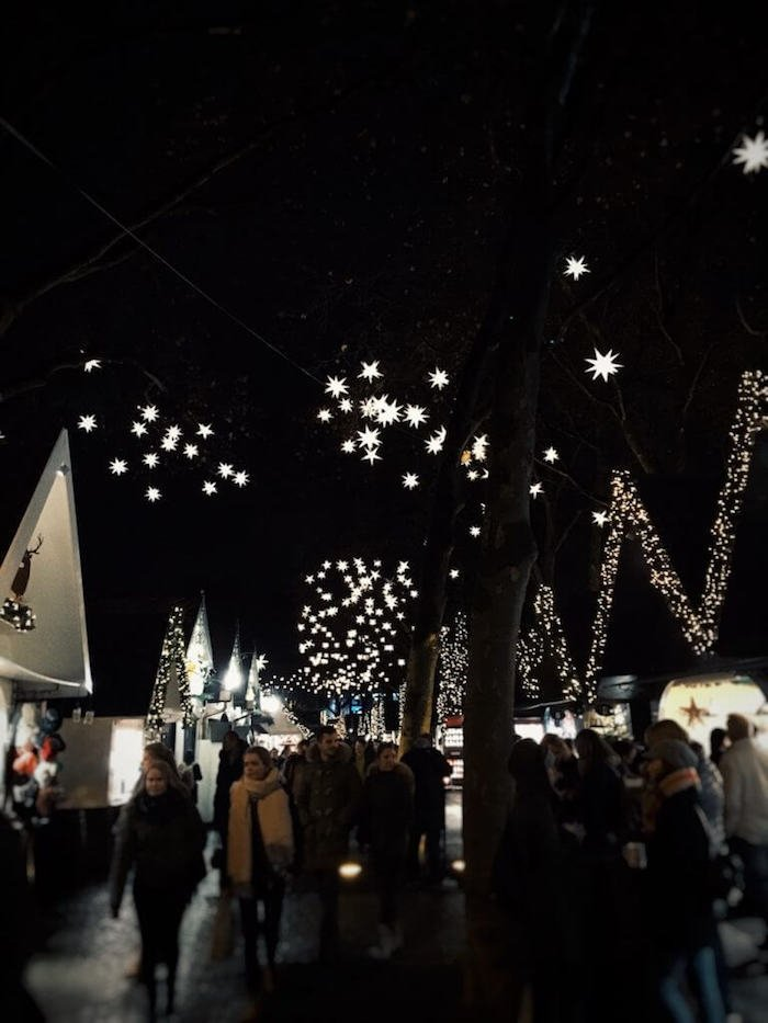Christmas Market in Cologne, Germany | Moon & Honey Travel