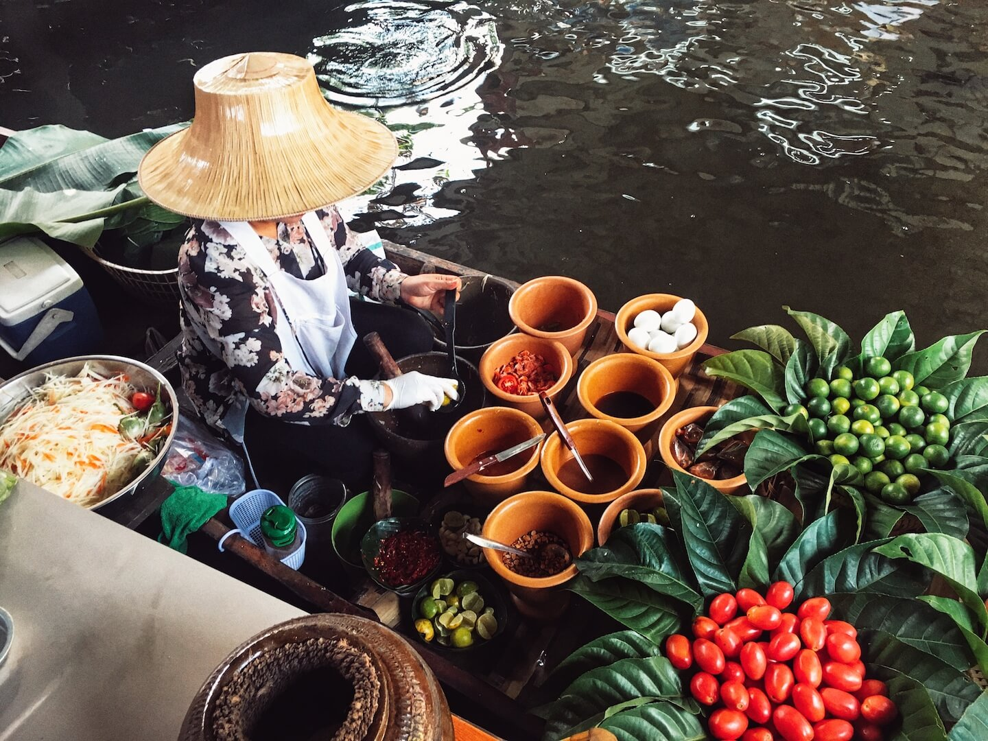 Taling Chang Floating Market, Bangkok | Moon & Honey Travel