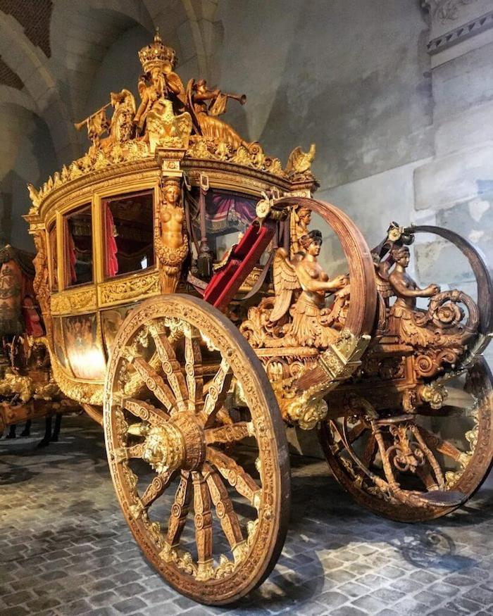 Coronation Coach of Charles X, Versailles | Moon & Honey Travel