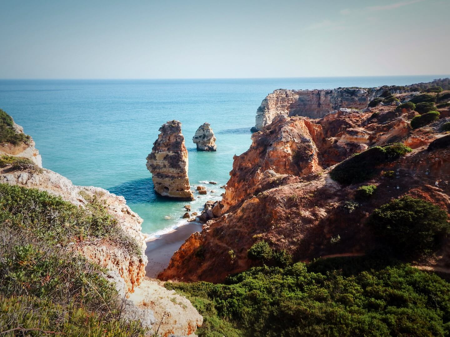 Portugal Travel Guide - Moon and Honey Travel
