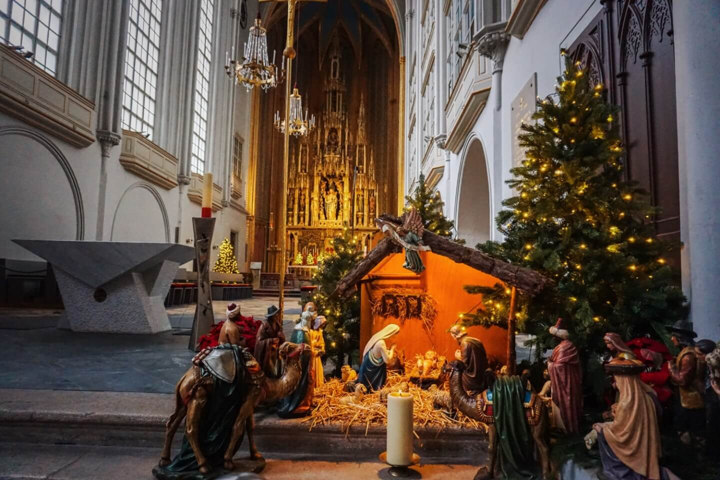 Dreikönigshochamt (Three Kings High Mass, Augustinerkirche, things to do in Vienna in January